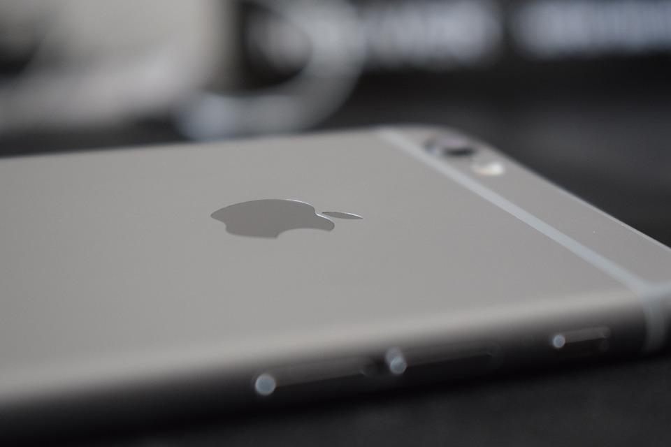 Kdy se ukáže iPhone 8