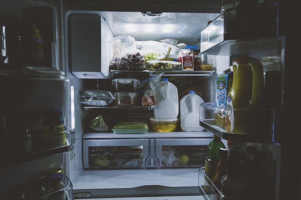Co všechno skladujete v lednici? A patří do ní opravdu všechno?