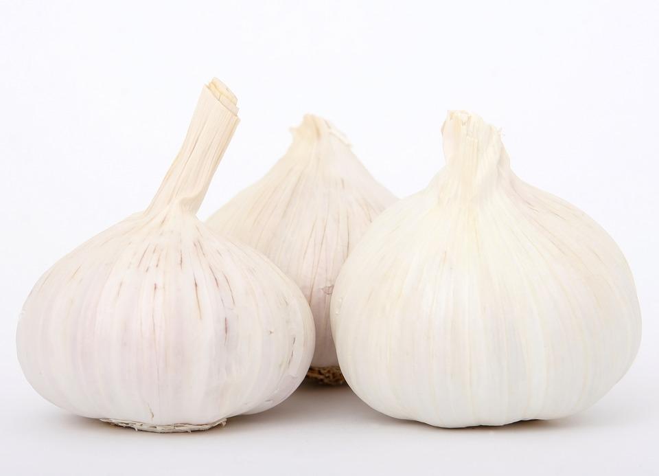 Zdravotní benefity česneku, přírodního antibiotika