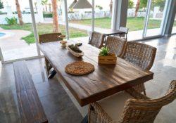 Jak správně v domácnosti pečovat o dřevěný nábytek
